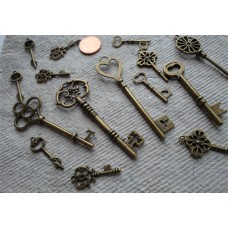 Antique Bronze Charms ~  Pack of Keys