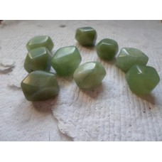 Pack of 9 Green Aventurine Faceted Nuggets