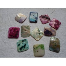 Pack of 10 Square Shell Beads